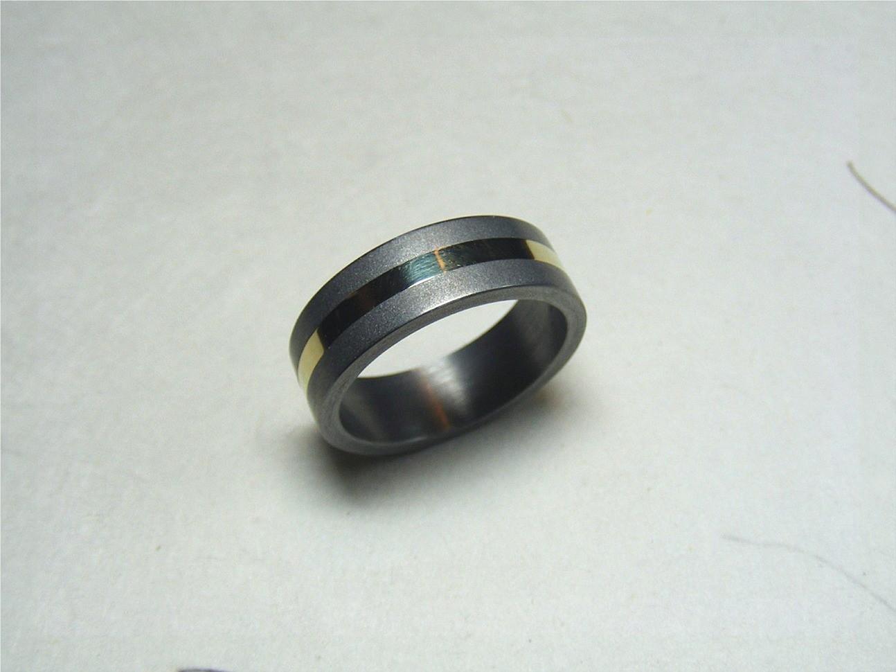 titanium en 14kt geelgoud