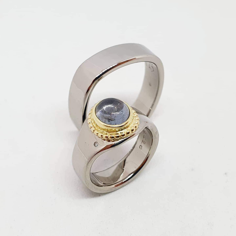 palladium, deels hergebruikt 14kt geelgoud en diamant en spinel