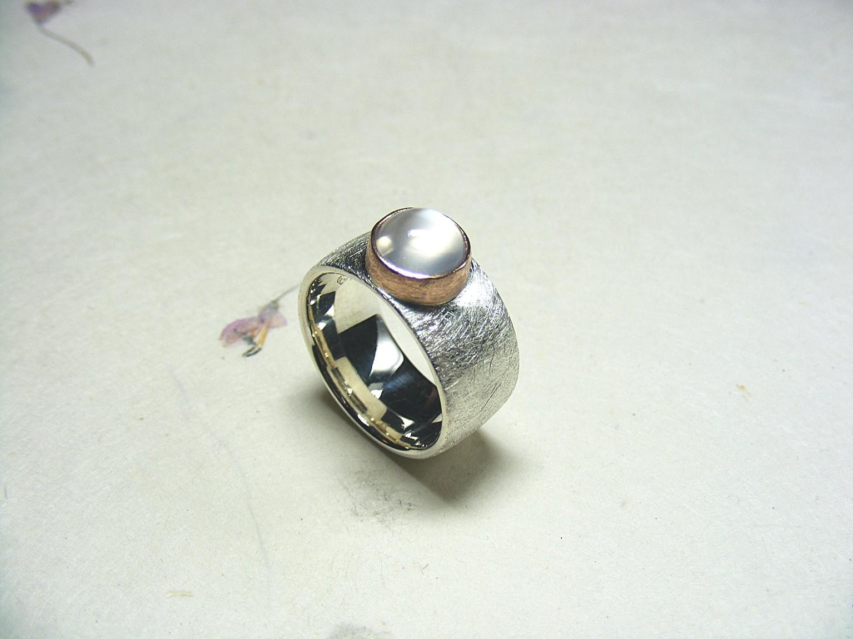zilver, 14kt roodgoud en witte maansteen