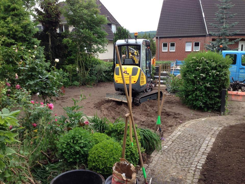Boden aufarbeitung und einarbeitung von Substrat zur besseren Karpilla bildung