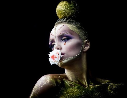 Creative Make-up. Photo by Carsten Rentz / Artist Alexandra Iuliana