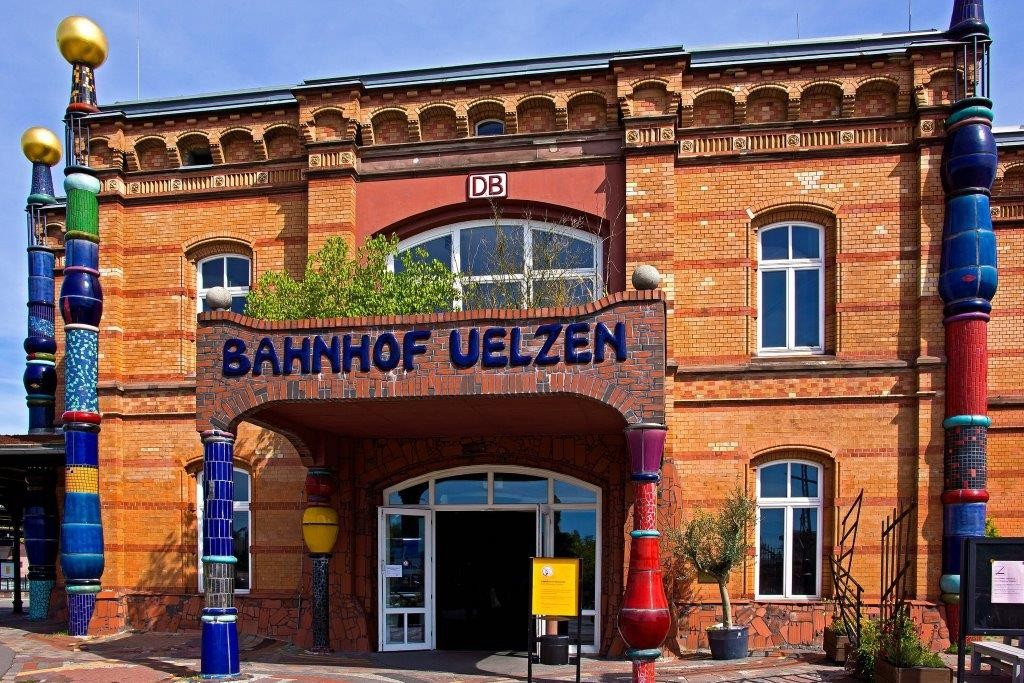 Hundertwasser Bahnhof, Copyright sigiha20141