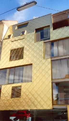 Das goldene Haus in der Grazbachgasse. © Sudy