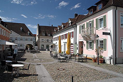 Müllheim - an historischer Stätte. Hier wurde die Demokratie ausgerufen