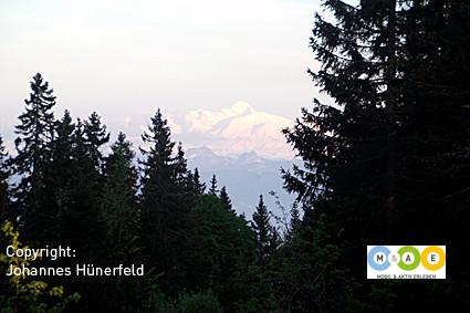 Abendlicher Blick zum Mont Blanc