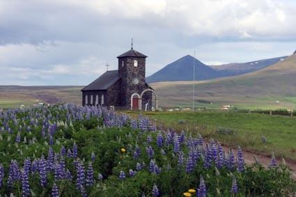 Thinganes Kirche von 1877 (IS)