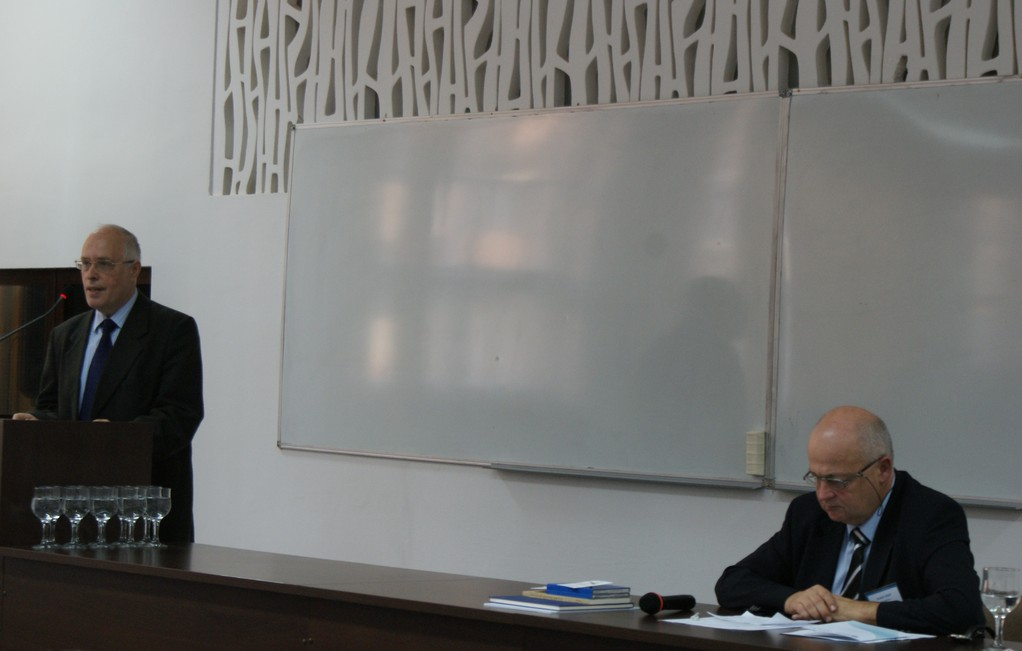 Prof. Dr. Ladislau Gyemant, Dekan der Fakultät für Europastudien, Babeș-Bolyai Universitäz Klausenburg