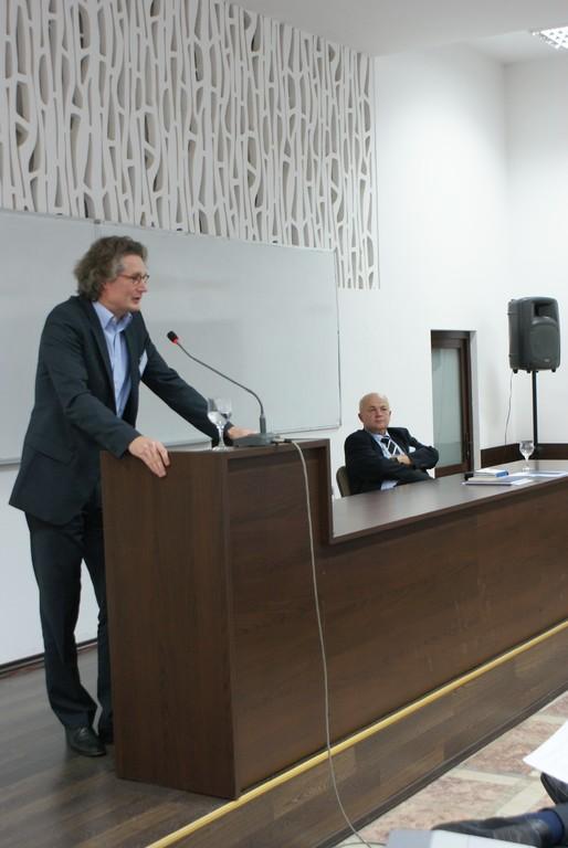 Prof. Dr. Ulf Brunnbauer, Vizedekan, Universität Regensburg, Direktor des Südost-Instituts Regensburg