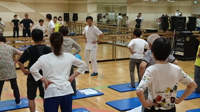 2016.6 六甲道整骨院 腰の痛み・脚のしびれ改善セミナーの様子