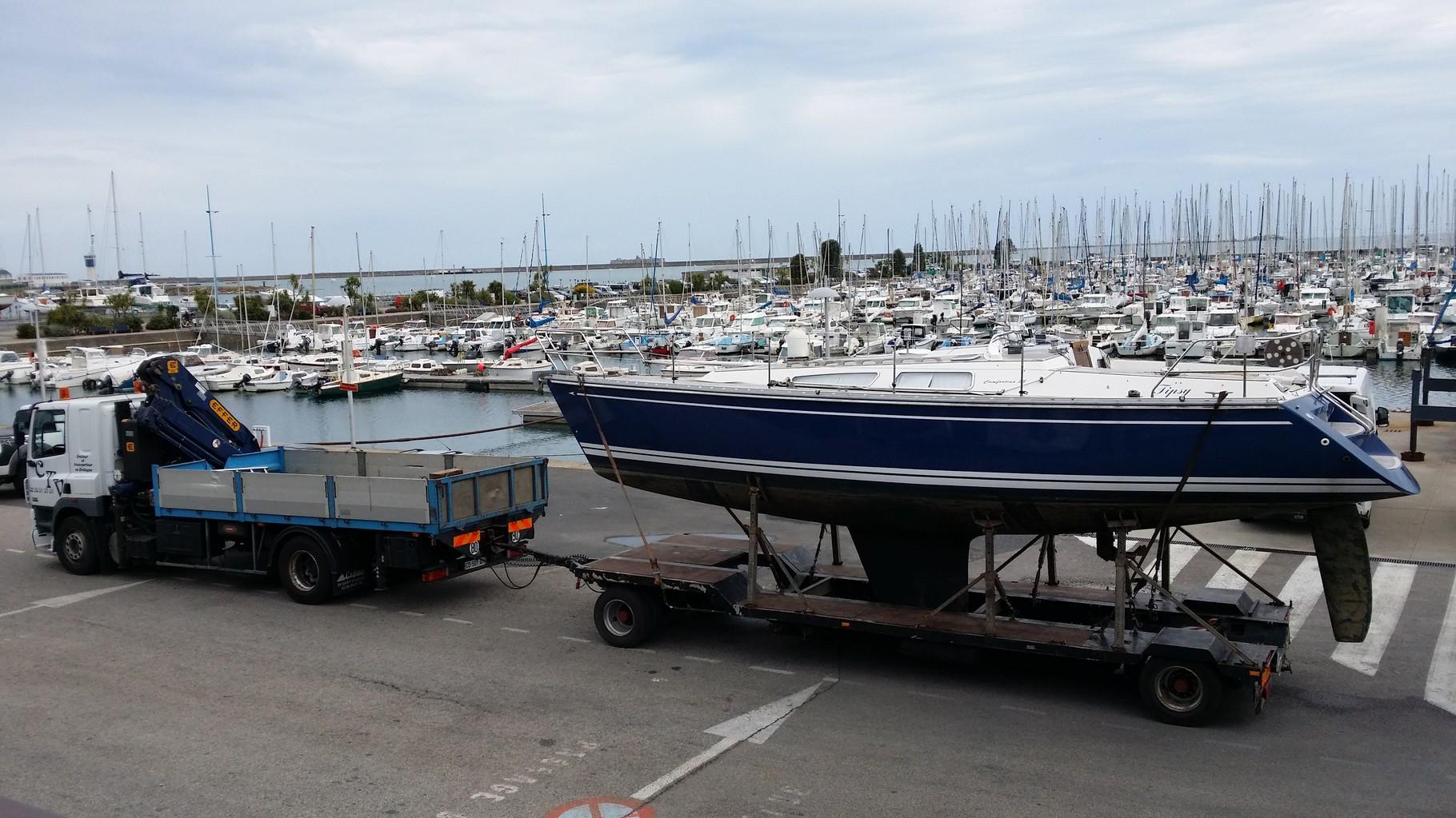 Rapatriement bateau accidenté