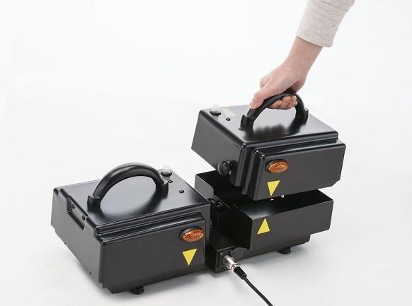 フランスベッド スマートパル 室内で充電が可能な着脱式バッテリーを搭載