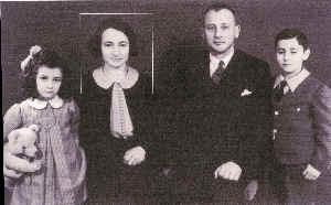Bella Löb mit ihren KIndern Armin und Ruth an Bord der St. Louis