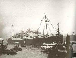 Die St. Louis im Hafen von Havanna