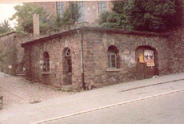 Totenscheune unterhalb der kath. Kirche St. Cyriak