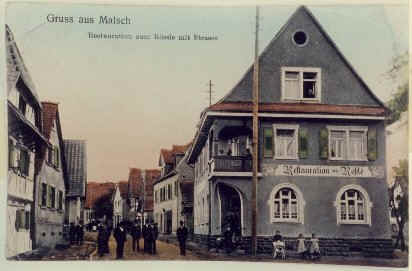 Haus- und Straßenansicht um 1920