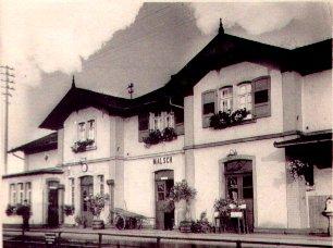 Bahnhof auf der Gleisseite