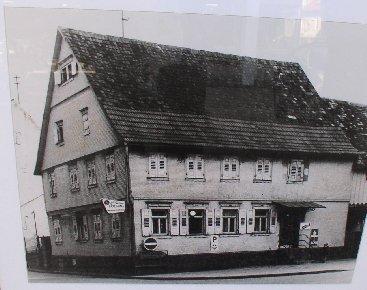 """Gasthaus """"Ochsen""""  (jetzt Volksbank-Gebäude)"""