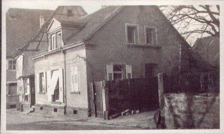 """Wohnhaus neben dem Gasthaus """"Zum Lamm"""""""