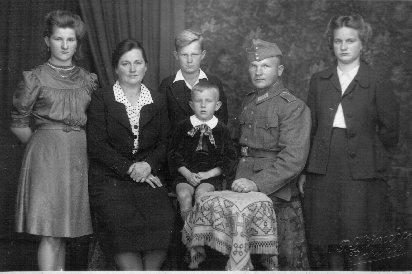 Familie Kühn, ca. 1943