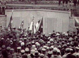 Einweihung Kriegerdenkmal für die Gefallenen des 1. Weltkrieges 1914-1918 auf dem Kirchplatz