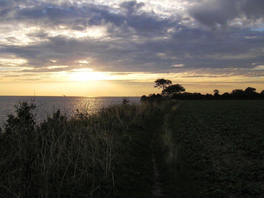 Sonne an der (Steil-)Küste