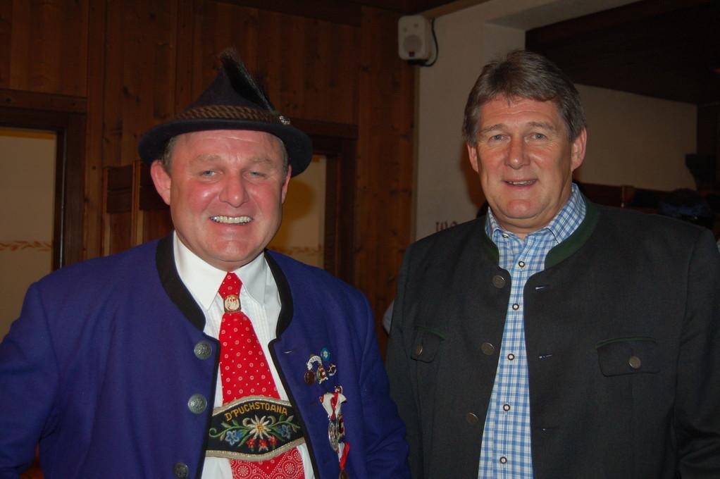 Obmann Gerhard Hetz mit Bgm. Helmut Klose