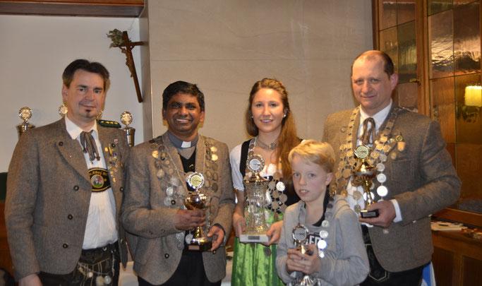 Schützenmeister Philipp von Wartburg, Deva Gudipalli (Luftgewehr), Stefanie Weber (Damen), Luis Baier (Jugend), Mike Schröder (Luftpistole)