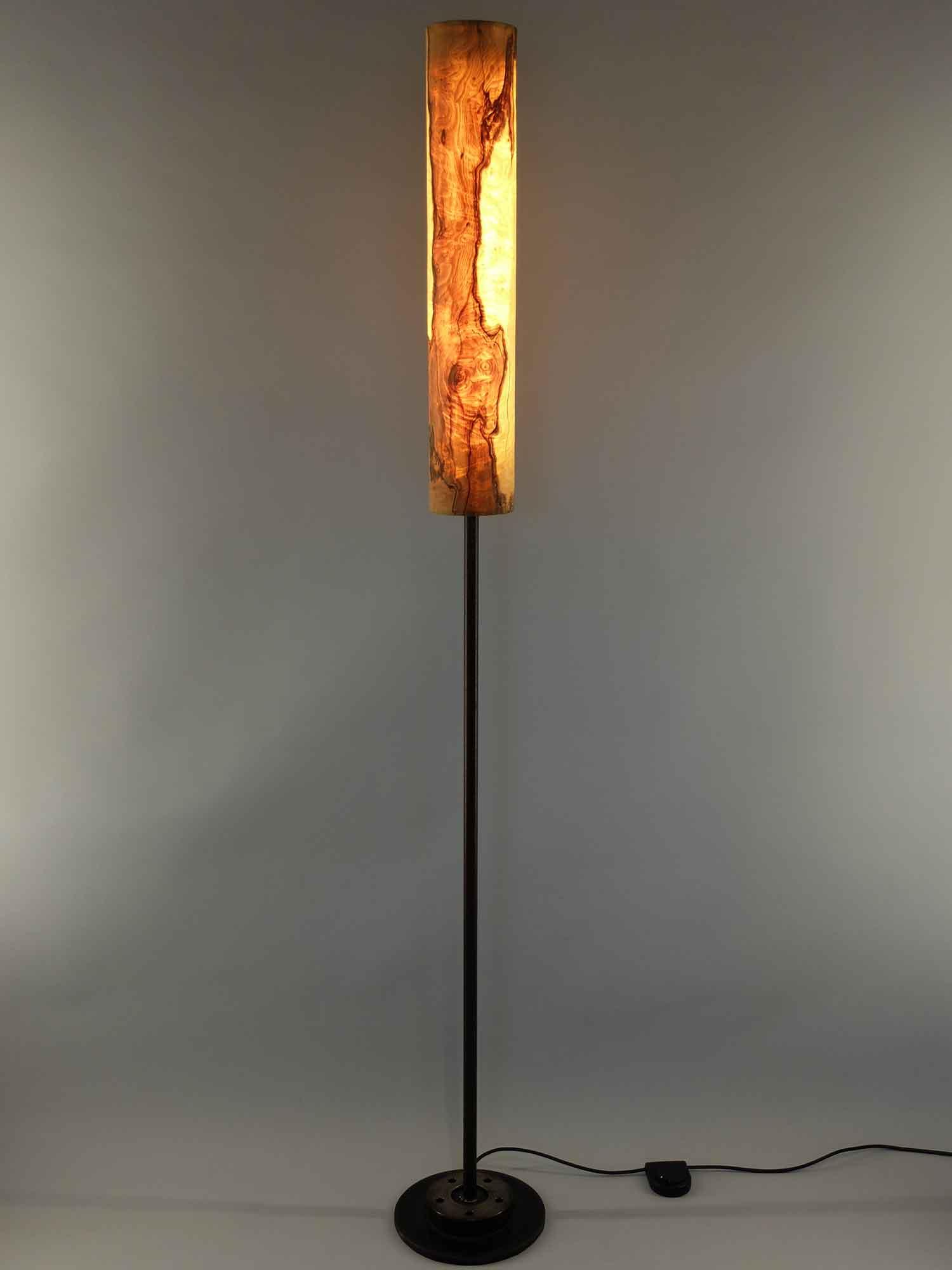 Upcycling Stehlampe Columna klein Olivesche-Maser