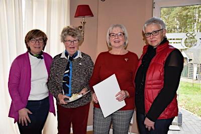 vlnr: Silke Messer-Radtke, Greta Bruhn, Marianne Steuernagel und die  1. Vorsitzende Petra Heide