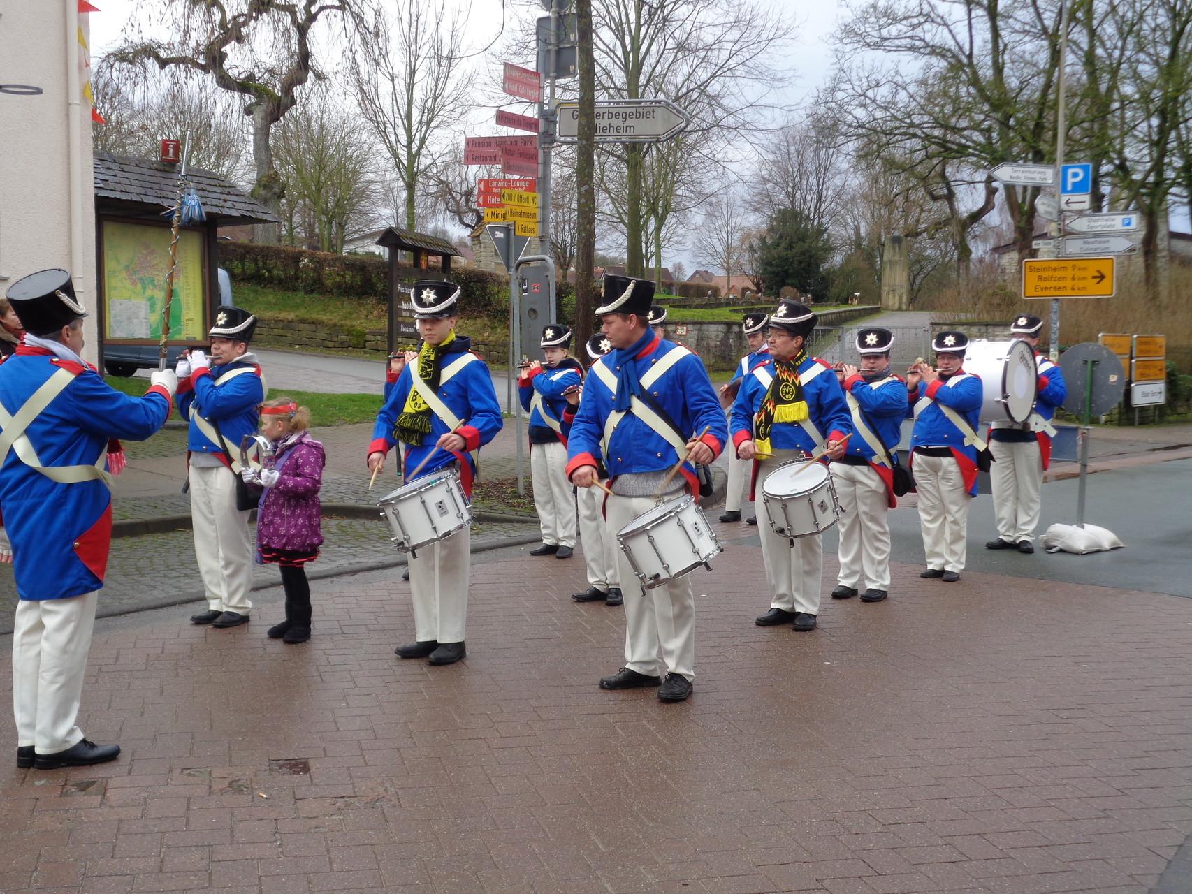 Aufstellung für Karneval in Nieheim