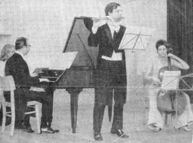 Braunschweig, 14. Dezember 1969:  Johann Sebastian Bach, Sonate E-Dur BWV 1034 für Flöte und Basso continuo, mit Gunther Pohl (Flöte, Mitte), Ute Pohl (Violoncello, rechts) und Waldemar Döling (Cembalo, links) (Trio Quantz)