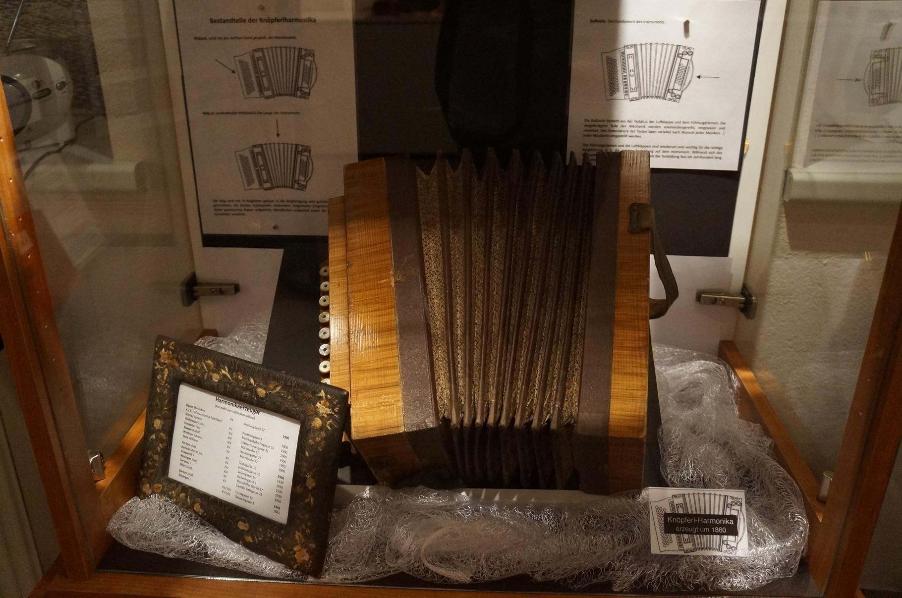 Ziehharmonika von 1850
