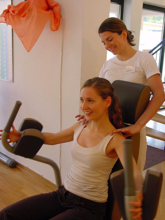 Wir stärken Ihnen den Rücken! Bewegung und Entspannung vertreiben Verspannungen und Streß.