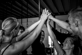 High five ,groepstraining, Strength & Conditioning, Kracht , Conditie, Fitness, Sport , Cross-training