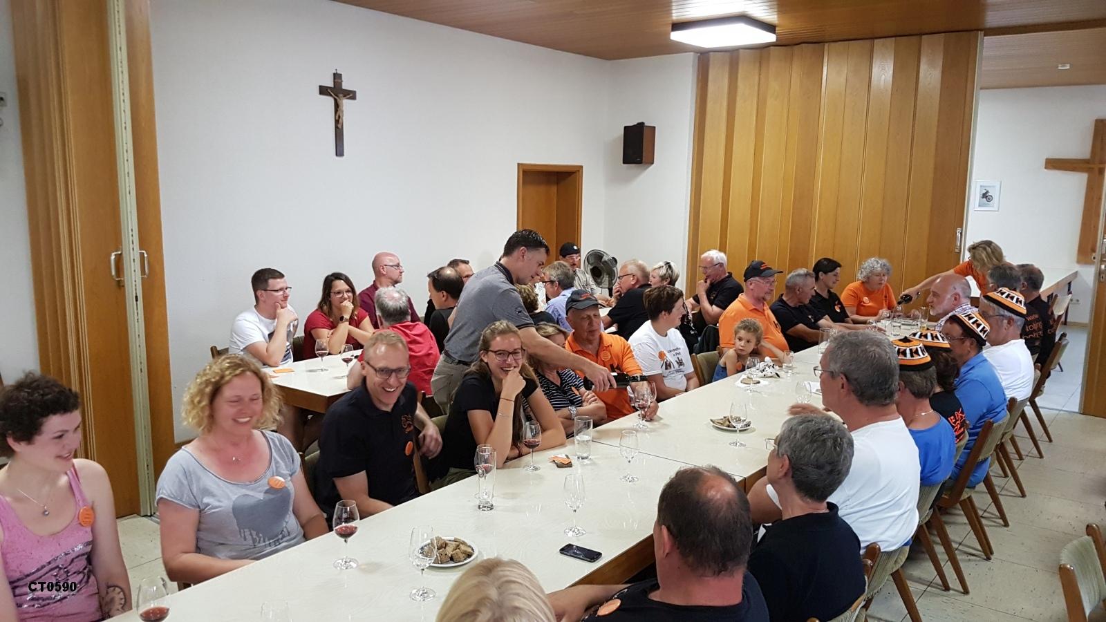 Pfälzer Weinprobe mit dem örtlichen Winzer Michael Hopp vom Weingut Hopp