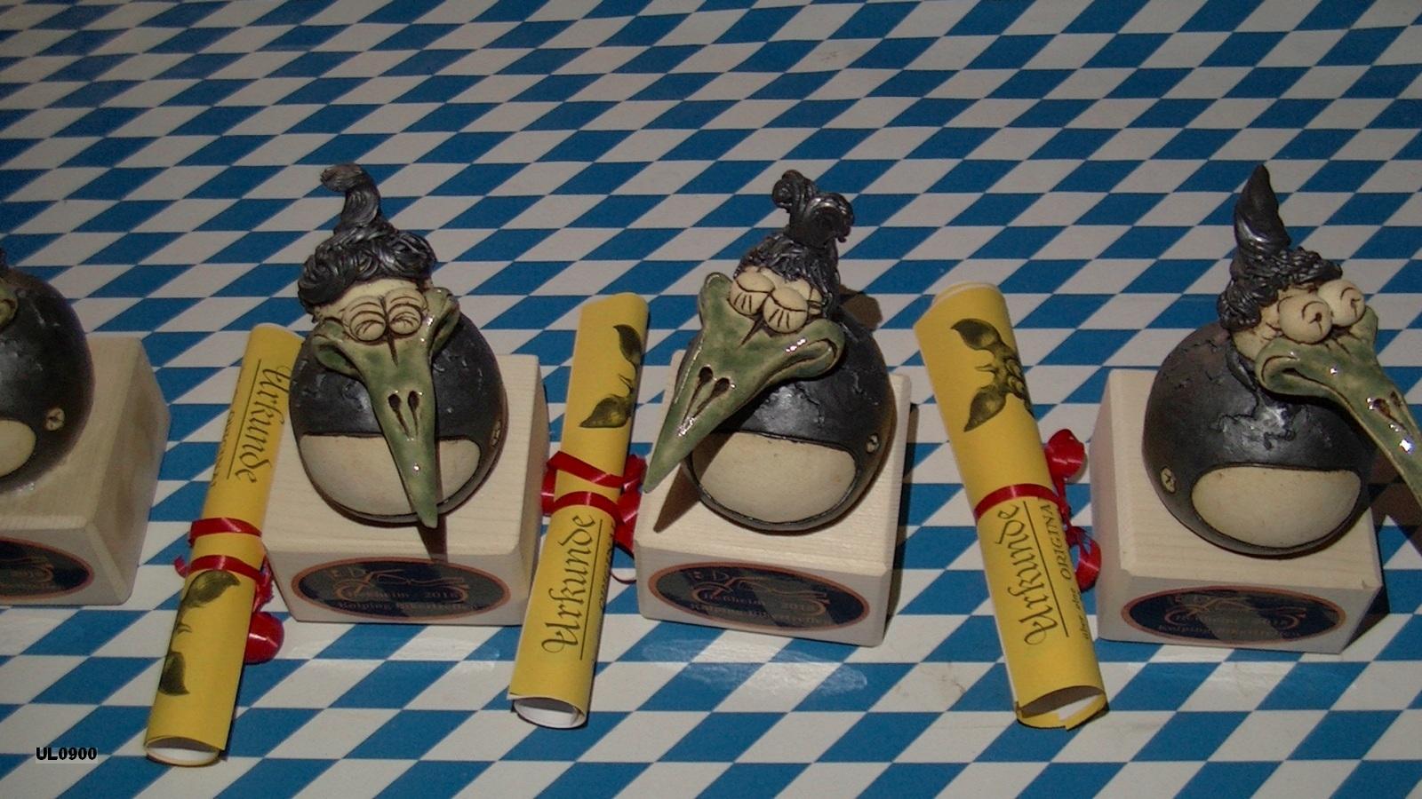 Die Elwedritsche-Pokale - wir danken unserem  Schirmherrn, Verbandsgemeindebürgermeister Michael Reith