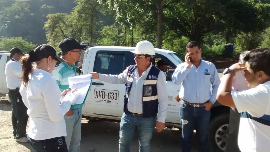 Foto Despierta Charalá - Recorrido y Verificación estado vía San Gil - Charalá.