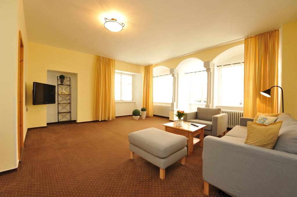 Sehr moderne und geräumige Zimmer