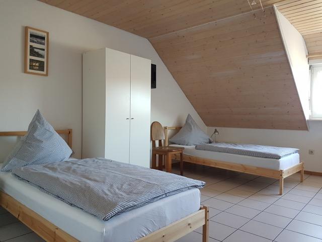 Schlafzimmer für bis zu drei Personen