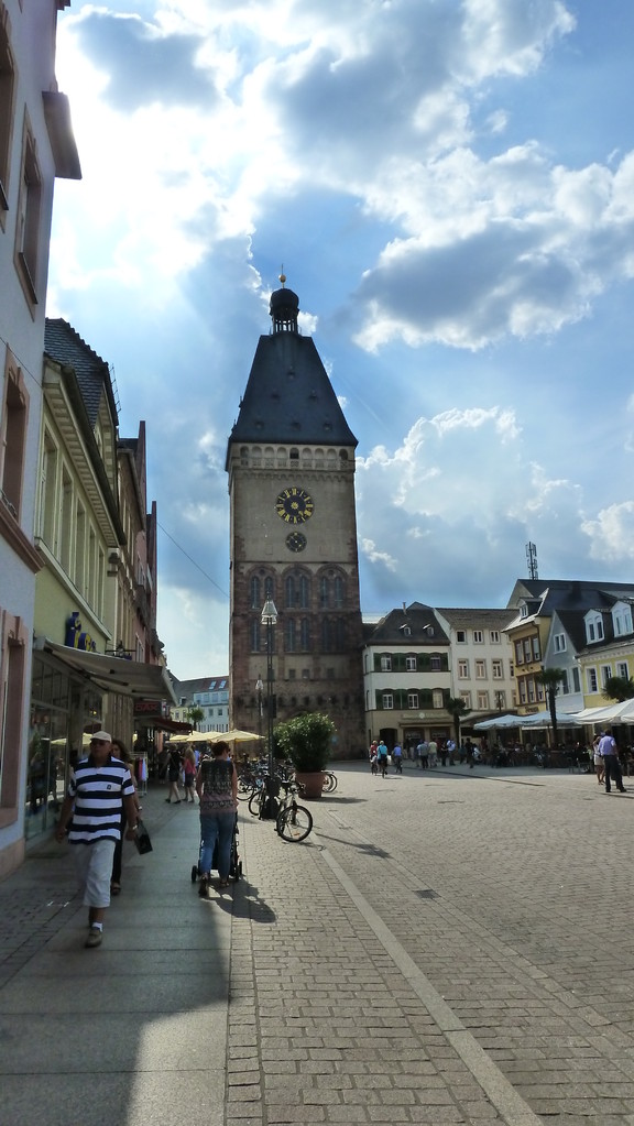 Rund um die Domkirche St. Maria und St. Stephan zu Speyer