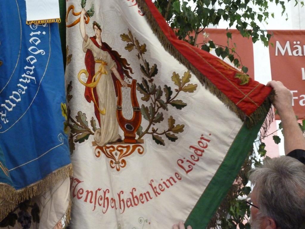 """Fahne des MGV """"Sängerlust"""" Breuningsweiler e.V:"""