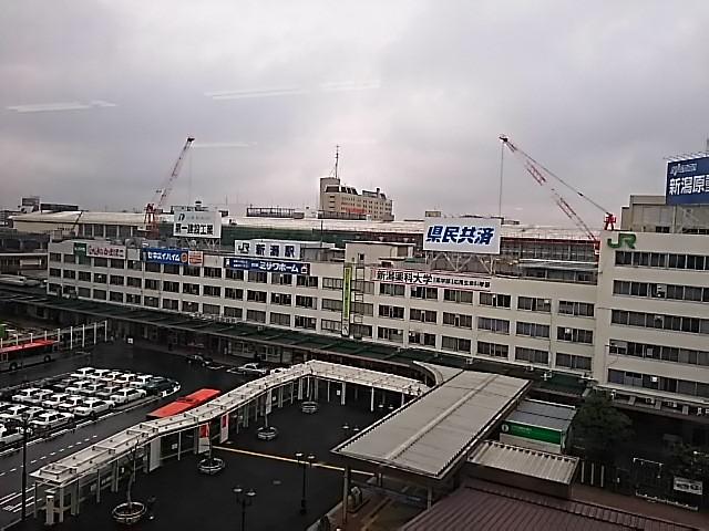 """窓から駅を見おろして~(""""⌒∇⌒"""")"""