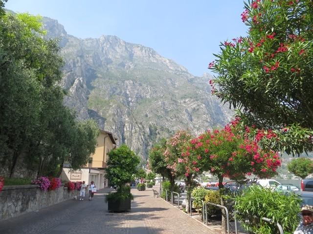 Die Promenade von Limone sul Garda