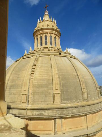 Die kuppel der Kirche