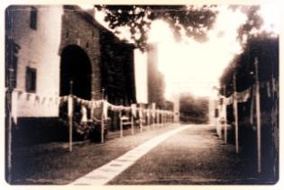 Links en rechts: oude foto's van Koulen 12