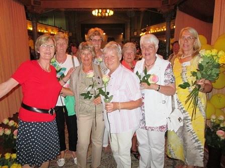 Rosen für jedes Mitglied zum Abschied