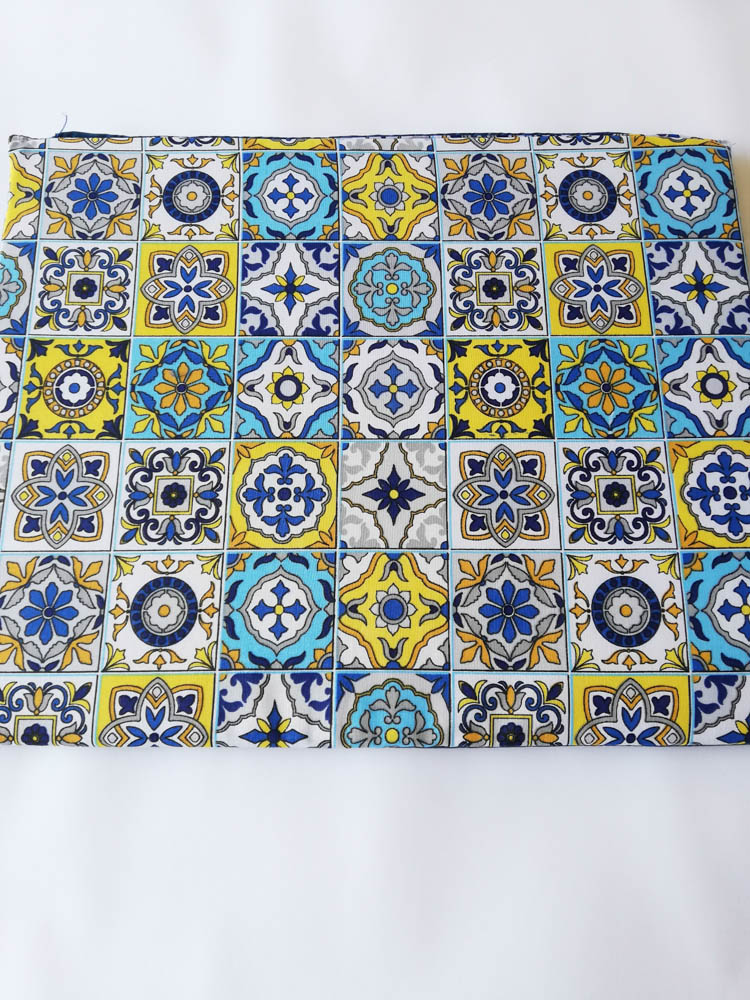 Copri fornello imbottito dis.Vietri Amalfi. Retro blu. B556