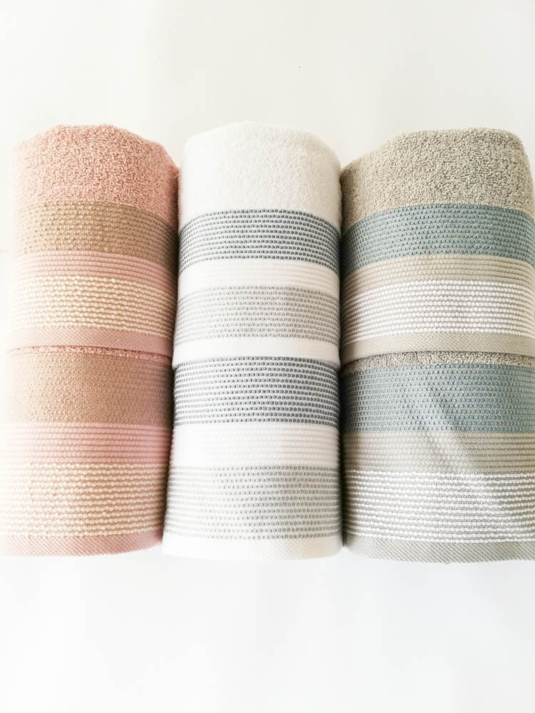 Set 3+3 asciugamani viso e ospite di Maestri Cotonieri . Art.Corda in spugna. Col: Rosa-Bianco-Grigio. B521