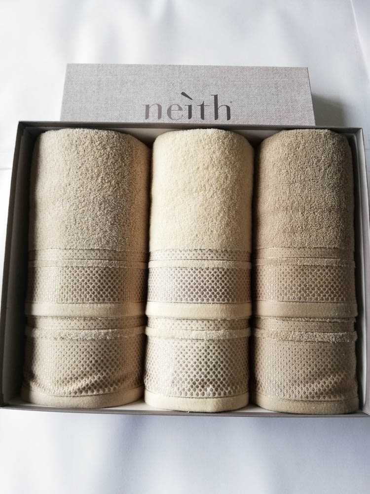 Set 3+3 asciugamani viso e ospite Neith in spugna di cotone. B594