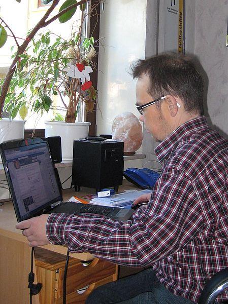 Ehrenamtliche Beratung und Arbeit von zu Hause